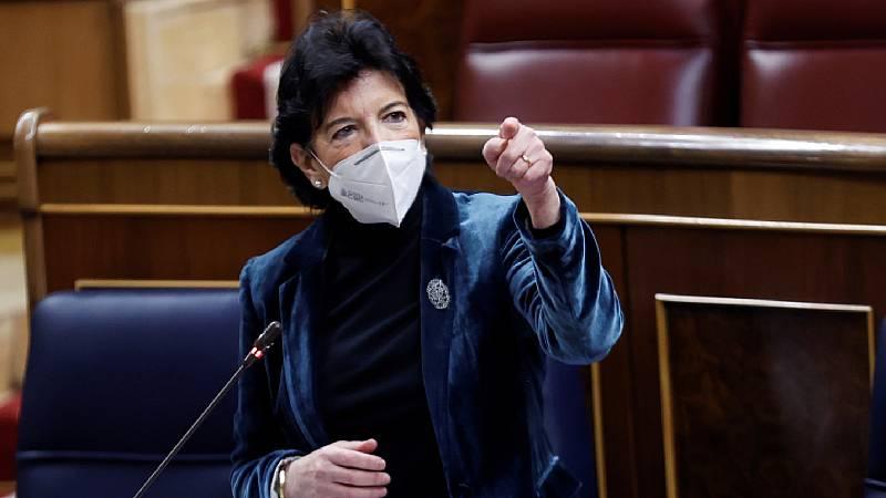 """24 horas - Celaá: """"La LOMLOE garantiza la libertad de enseñanza y el dominio del castellano y de las lenguas cooficiales"""" - Escuchar ahora"""