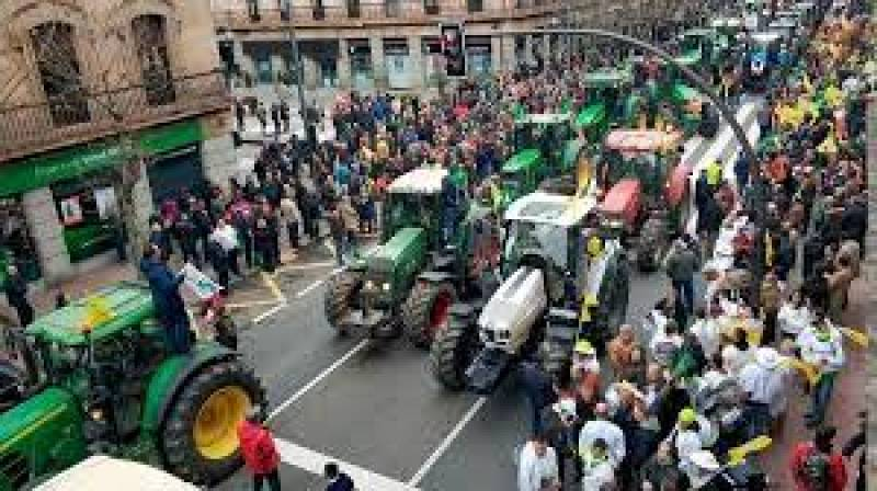 Tractorada del sector arrocero en Valencia - 30/03/21 - Escuchar ahora