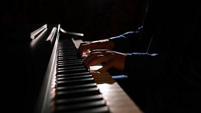 Las cuñas de RNE - Día Mundial del Piano, con Javier Perianes, en 'Memoria de delfín' - escuchar ahora