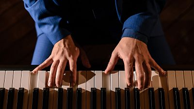 Memoria de delfín - Día Mundial del Piano, con partitura de Javier Perianes - 05/04/21 - escuchar ahora