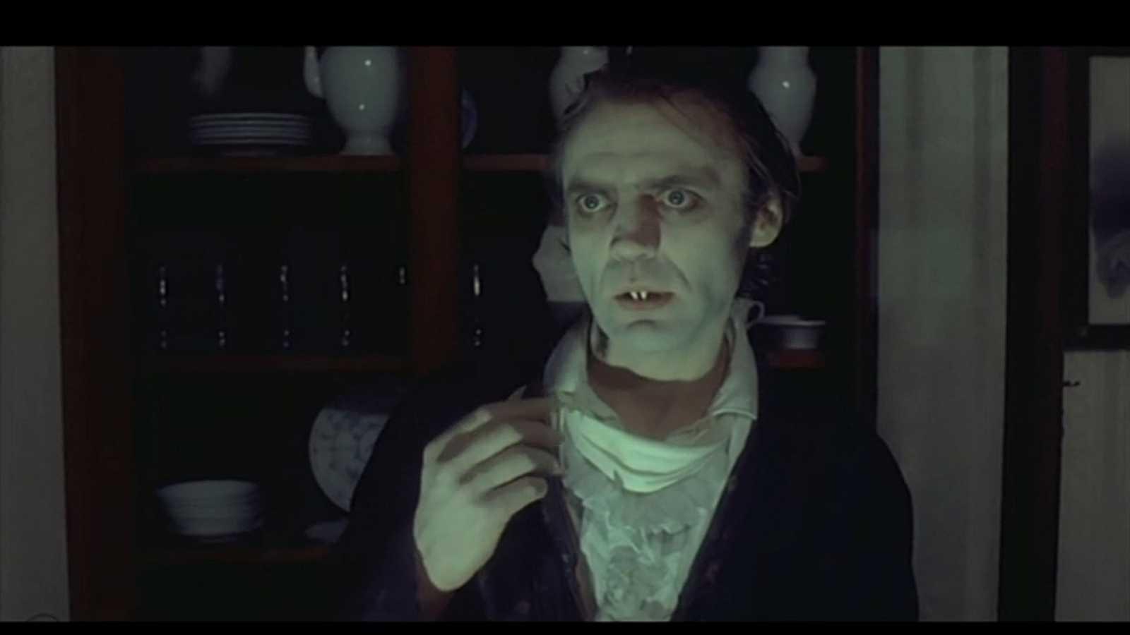Sangre sobre la tierra - Nosferatu, vampiro de la noche (1979) (2ª parte) - Escuchar ahora