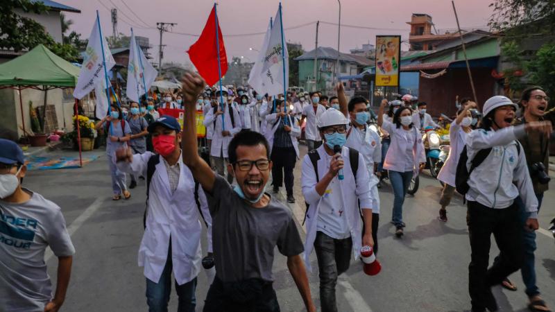 Reportajes 5 continentes - La represión en Birmania se endurece dos meses después del golpe - Escuchar ahora