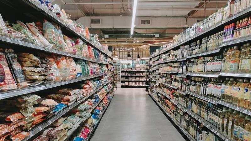 14 horas - 4.000 supermercados de ciudades turísticas se han quedado sin clientes - Escuchar ahora