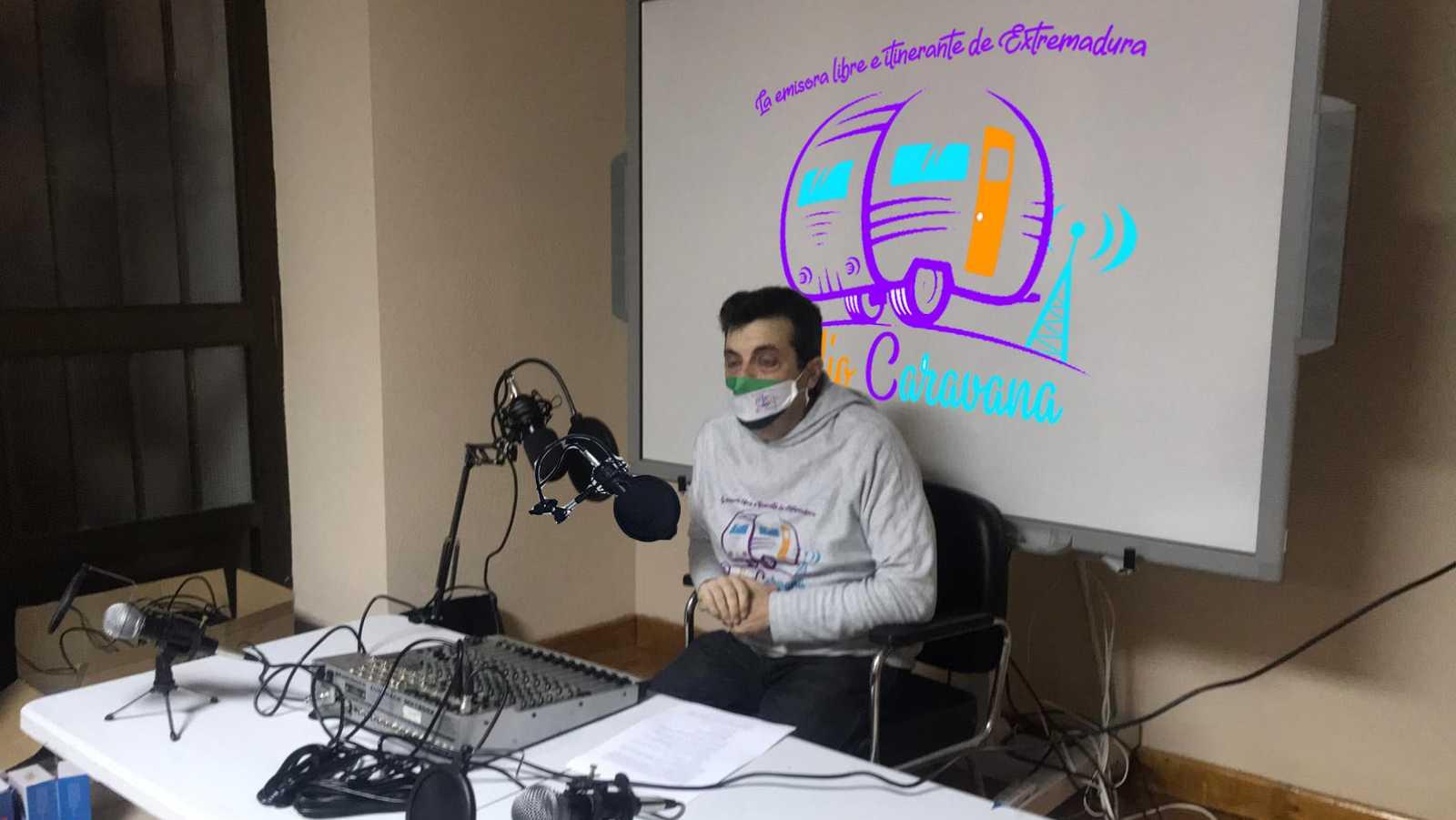 Artesfera - Radio Caravana Extremadura: una emisora de radio para la gente - 06/04/21