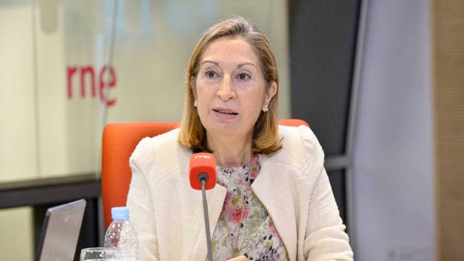 """24 horas - Ana Pastor, PP: """"No se puede hacer propaganda con las vacunas"""" - Escuchar ahora"""