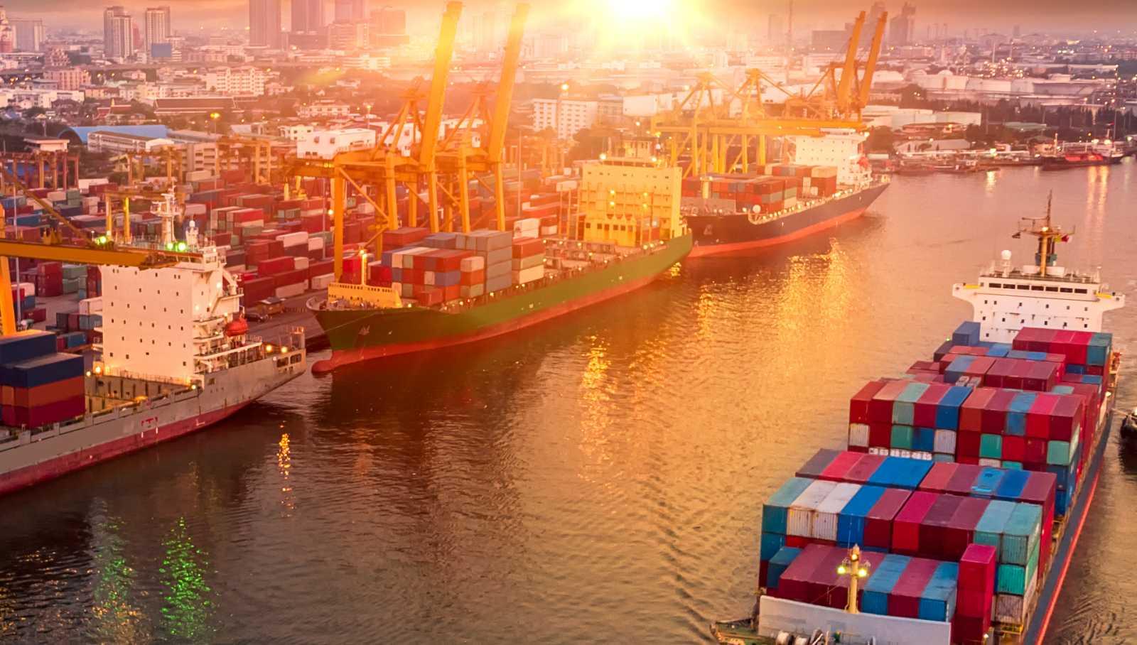 Por tres razones - El efecto dominó del incidente en el Canal de Suez - 07/04/21 - escuchar ahora