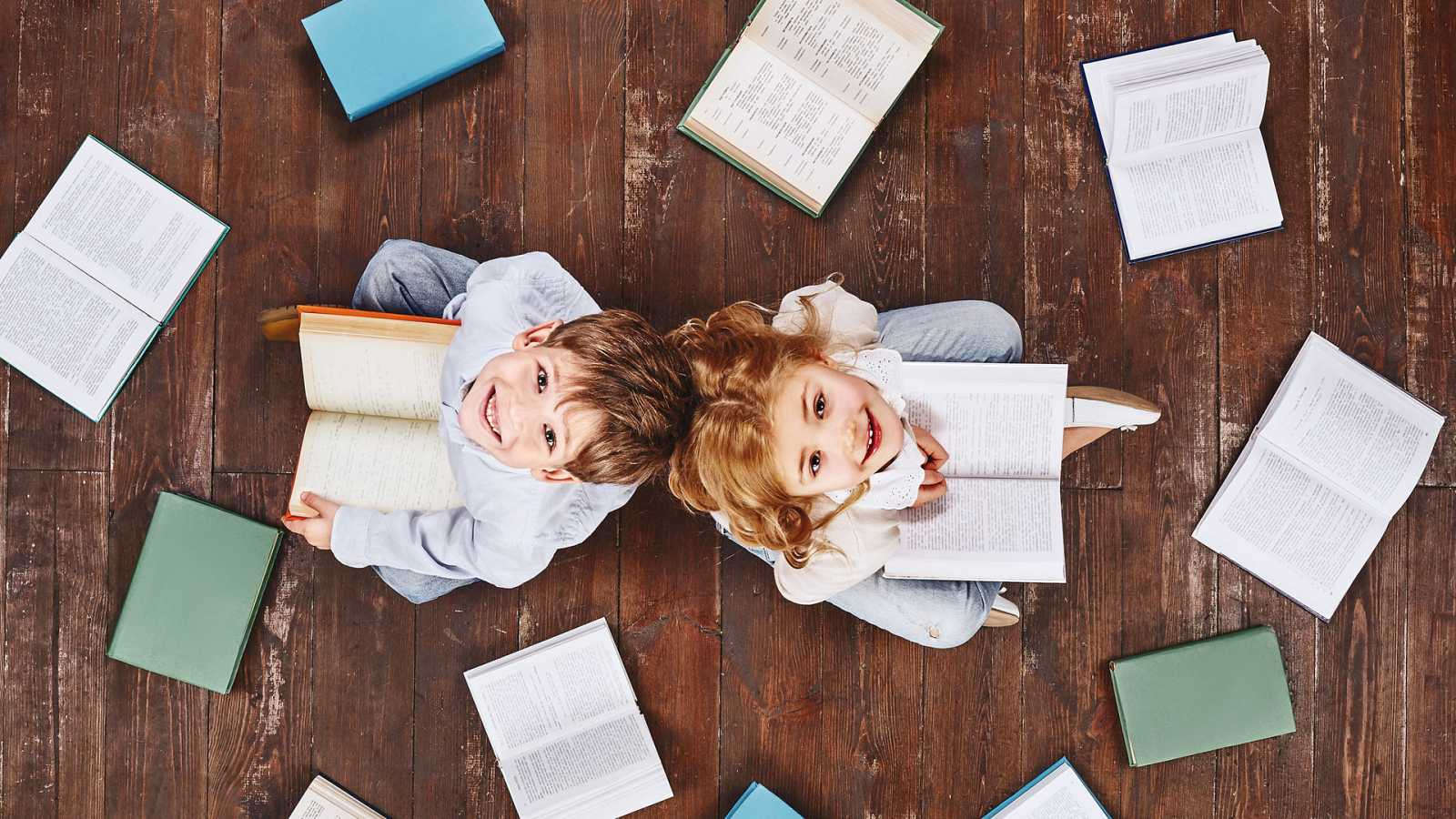 La estación azul de los niños - En abril, libros mil - 10/04/21 - escuchar ahora