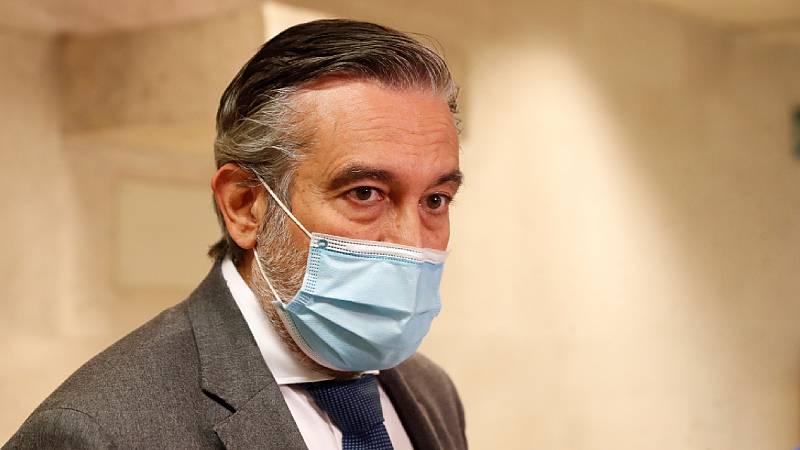 """24 horas - Enrique López, PP: """"Los cierres perimetrales no controlan la trasmisión del virus"""" - Escuchar ahora"""