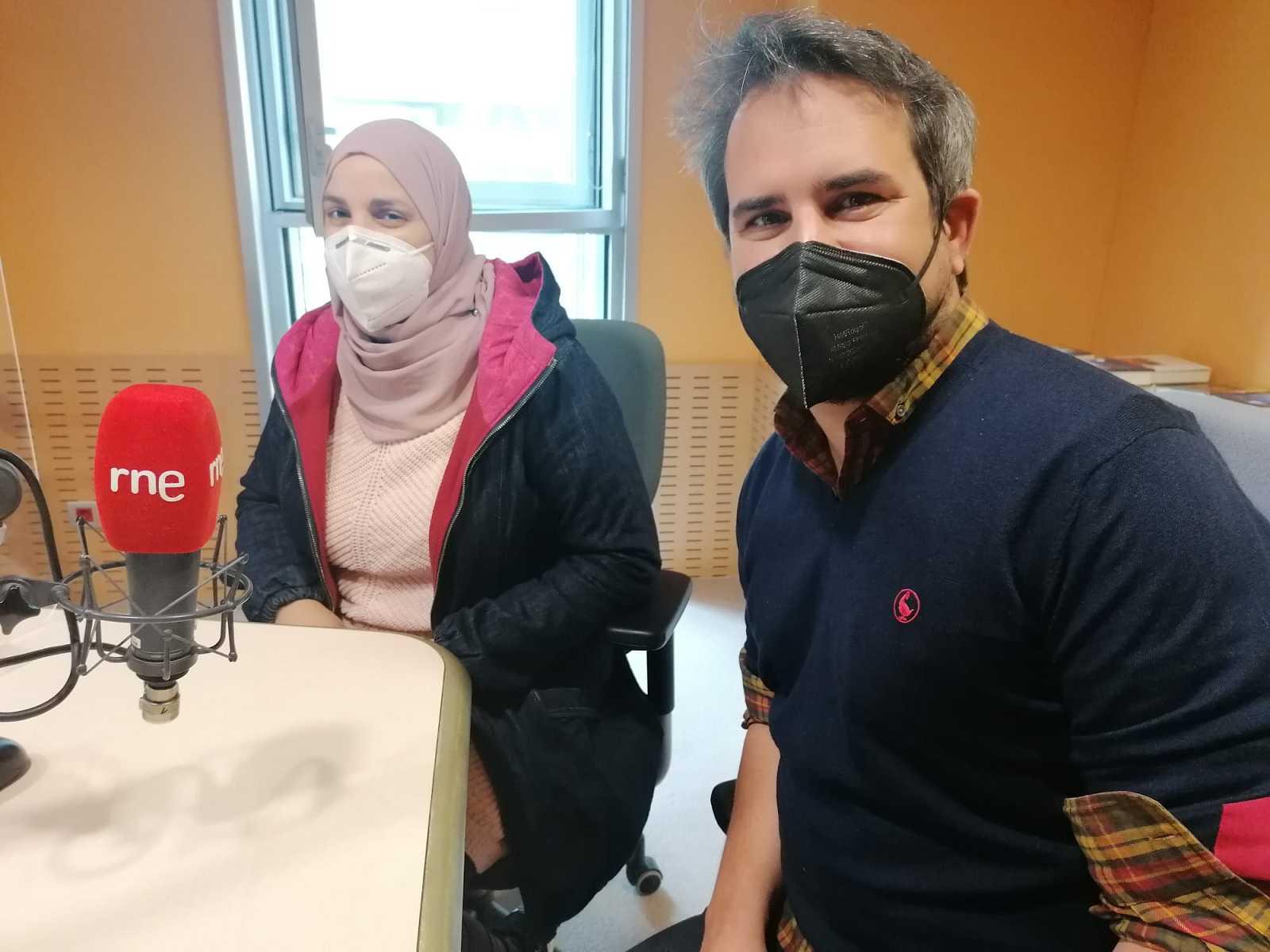 En Directe a Ràdio 4 - A Porta, veïns i veïnes solidaris