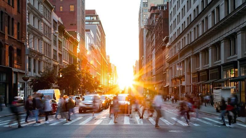 Las mañanas de RNE con Íñigo Alfonso - El mundo después de la pandemia: los cambios sociales, económicos y políticos que se avecinan - Escuchar ahora