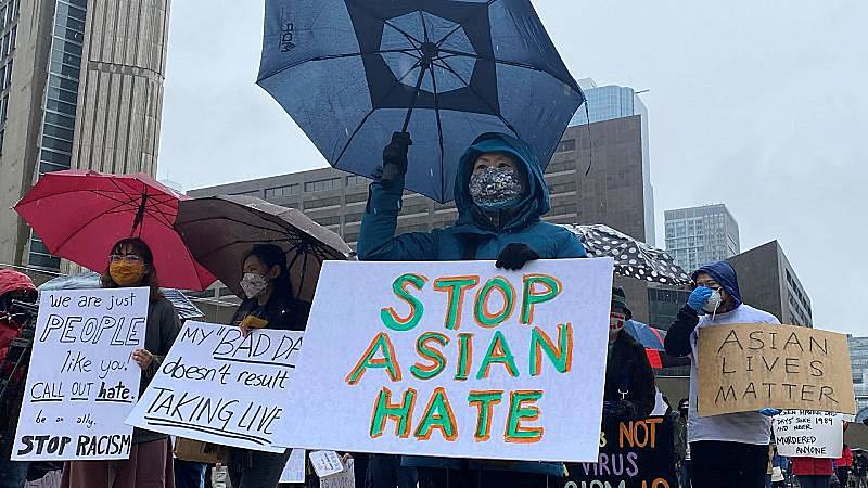 Reportajes 5 Continentes - El racismo contra ciudadanos de origen asiático en EEUU - Escuchar ahora