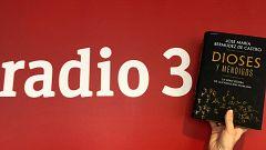 Hoy empieza todo con Ángel Carmona - Dioses y Mendigos y el guitarrista que tocó para el Dalai Lama - 13/04/21