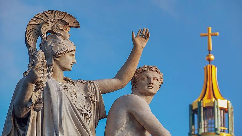 """Letras en juego - """"O eres griego o eres bárbaro"""" - 13/04/21 - Escuchar ahora"""
