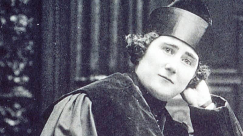 El gallo que no cesa - Clara Campoamor y el voto femenino - Escuchar ahora