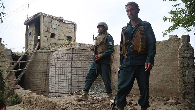 14 horas - Afganistán: la población teme la vuelta del fundamentalismo tras dos décadas de guerra  - Escuchar ahora