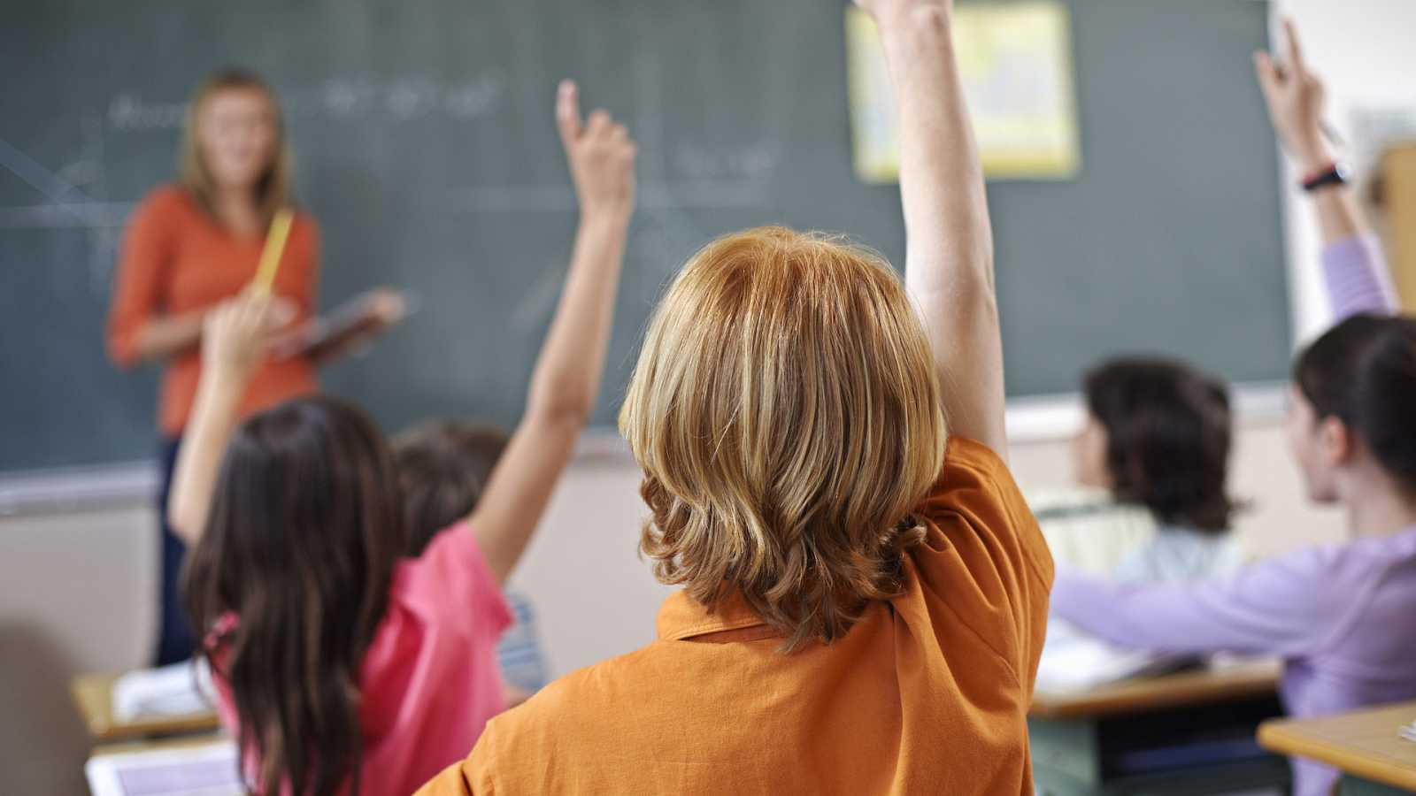 Tarde lo que tarde - Una educación con menos aprendizaje memorístico y más competencias - 15/04/21 - escuchar ahora
