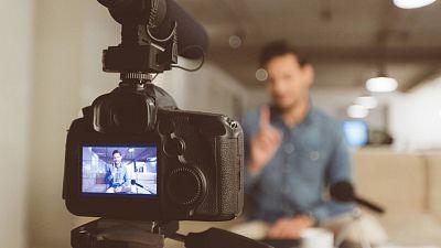 Diez minutos bien empleados - Youtubers: la esclavitud del algoritmo - Escuchar ahora