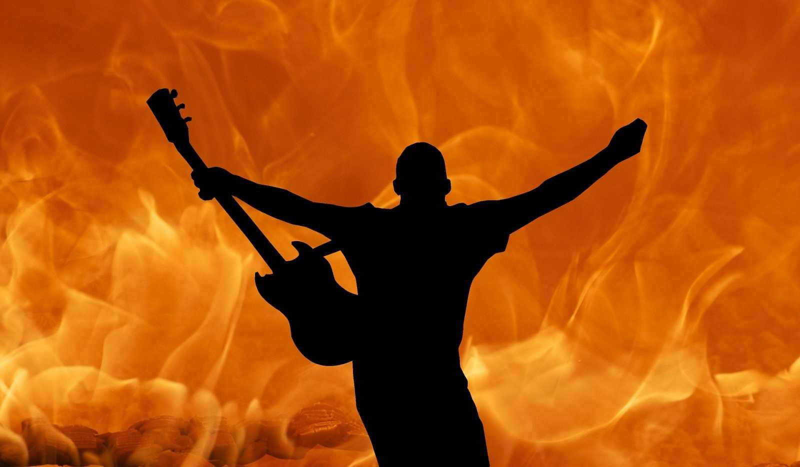La Púa de Radio 3 Extra - Festivales de Rock en España - 01/05/21 - escuchar ahora
