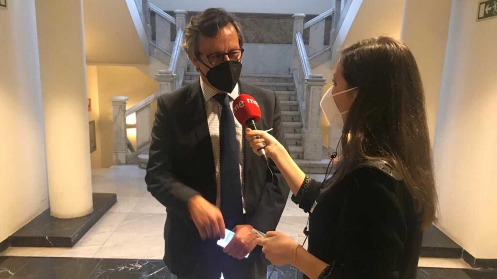 Parlamento - Radio 5 - El Rincón: Carlos Floriano