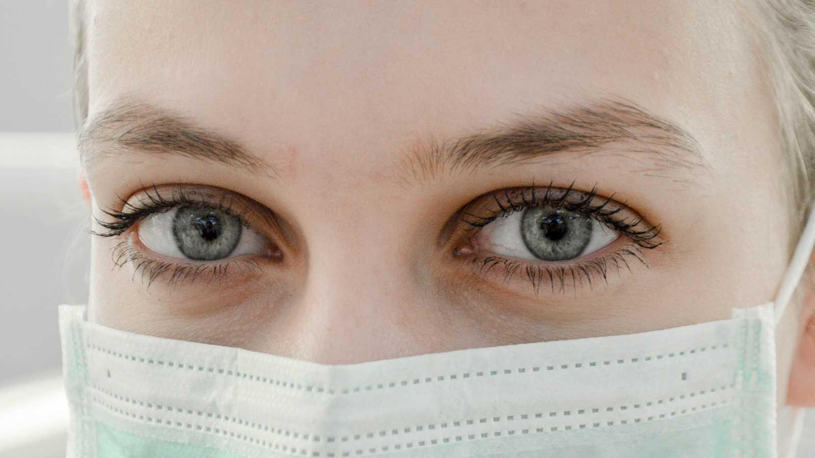 Mª Carmen Acosta: Cómo evitar la fatiga ocular - escuchar ahora