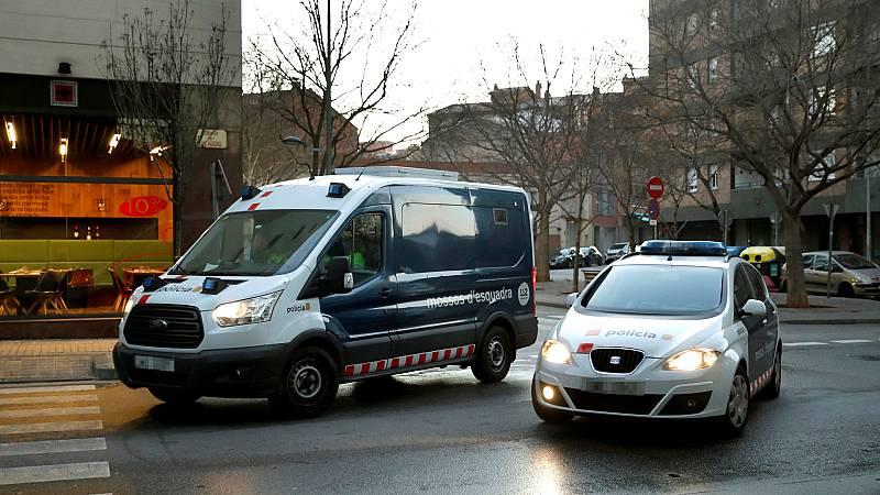 14 horas - Las claves de la sentencia de la manada de Sabadell: Califica como agresiones sexuales los hechos, penaliza la complicidad y da credibilidad al testimonio de la víctima - Escuchar ahora