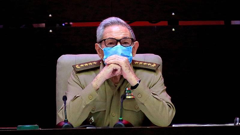 Cinco Continentes - Raúl Castro se despide del partido comunista cubano - Escuchar ahora