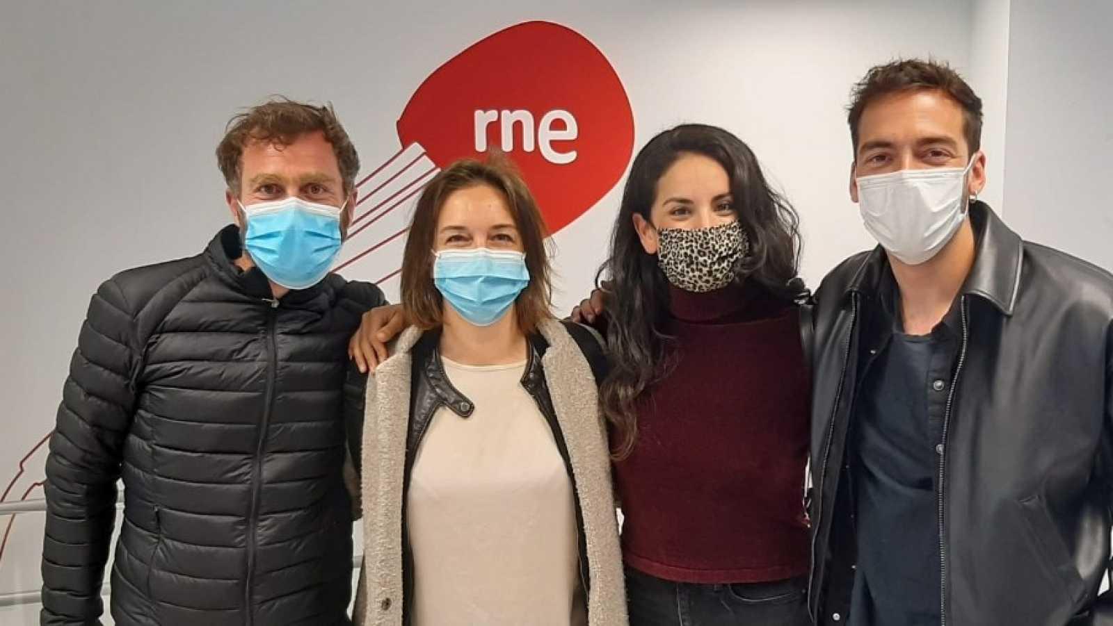 La sala - 'Castelvines y Monteses': Paula Iwasaki, Andreas Muñoz, Andreas Muñoz y Nuria Cruz-Moreno - 18/04/21 - Escuchar ahora