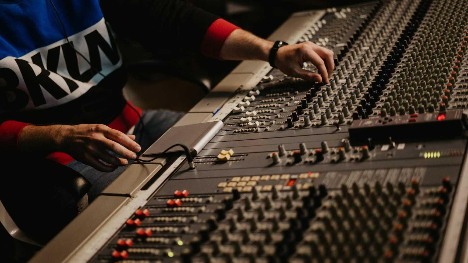 La Púa de Radio 3 Extra - ¿Qué es producir un disco? Con José Nortes - 15/05/21 - escuchar ahora
