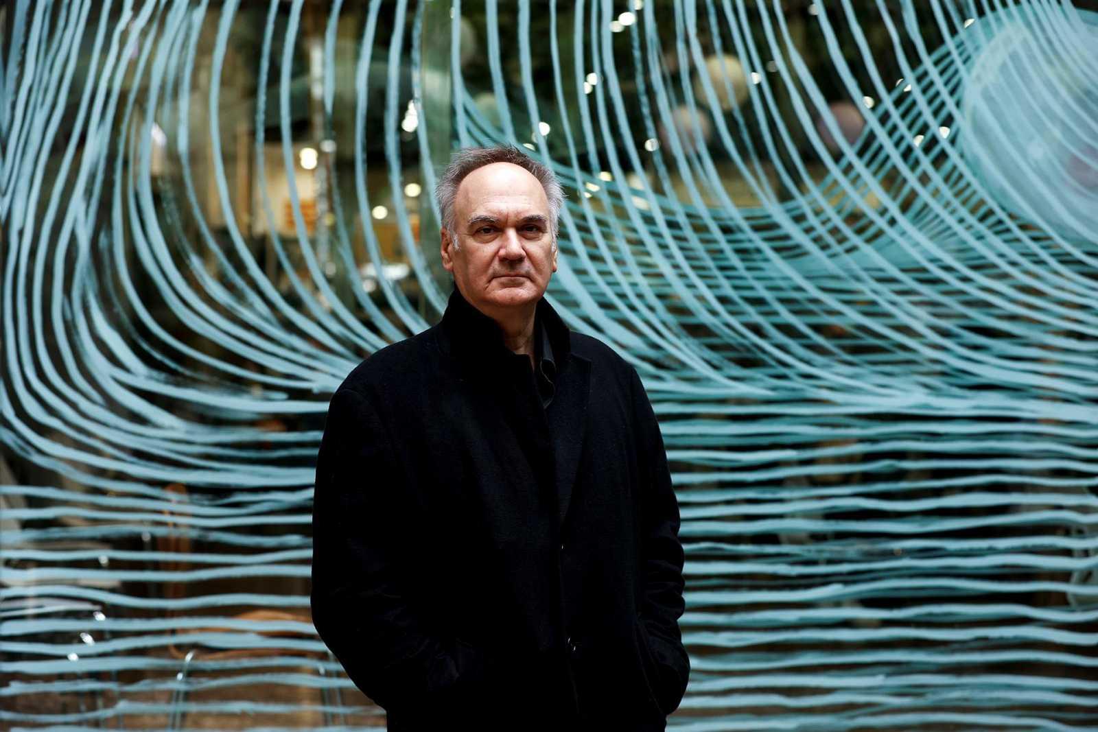Las Mañanas de RNE con Pepa Fernández -  'La anomalía', la nueva novela de Hervé Le Tellier - Escuchar ahora