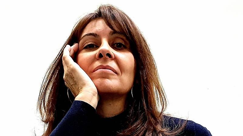 Libros de arena - Aurora Freijo Corbeira y 'La ternera' - Escuchar ahora