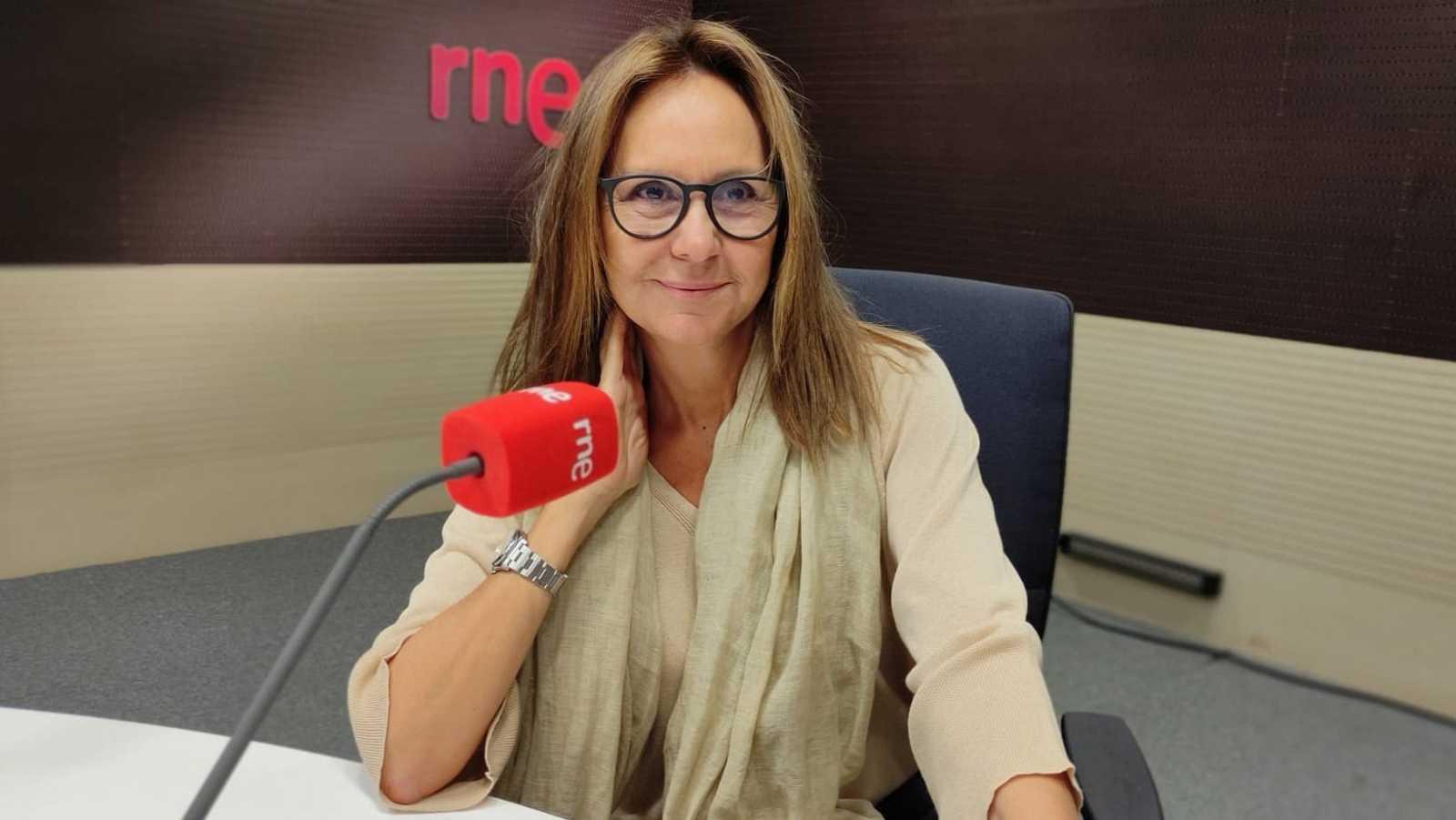 De boca a orella - Entrevista a María Dueñas