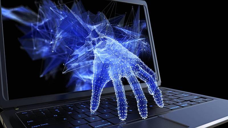 Código Crystal - Solarwinds y un espía egipcio - 24/04/2021 - Escuchar ahora