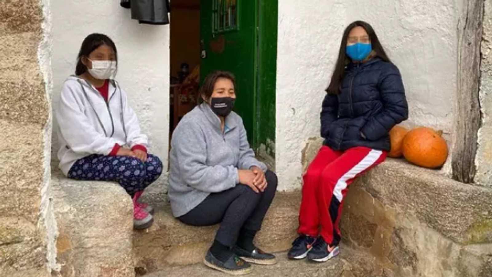 Punto de enlace - Pueblos de Ávila se repueblan con familias pobres, son 'Pueblos Madrina' - 23/04/21 - escuchar ahora