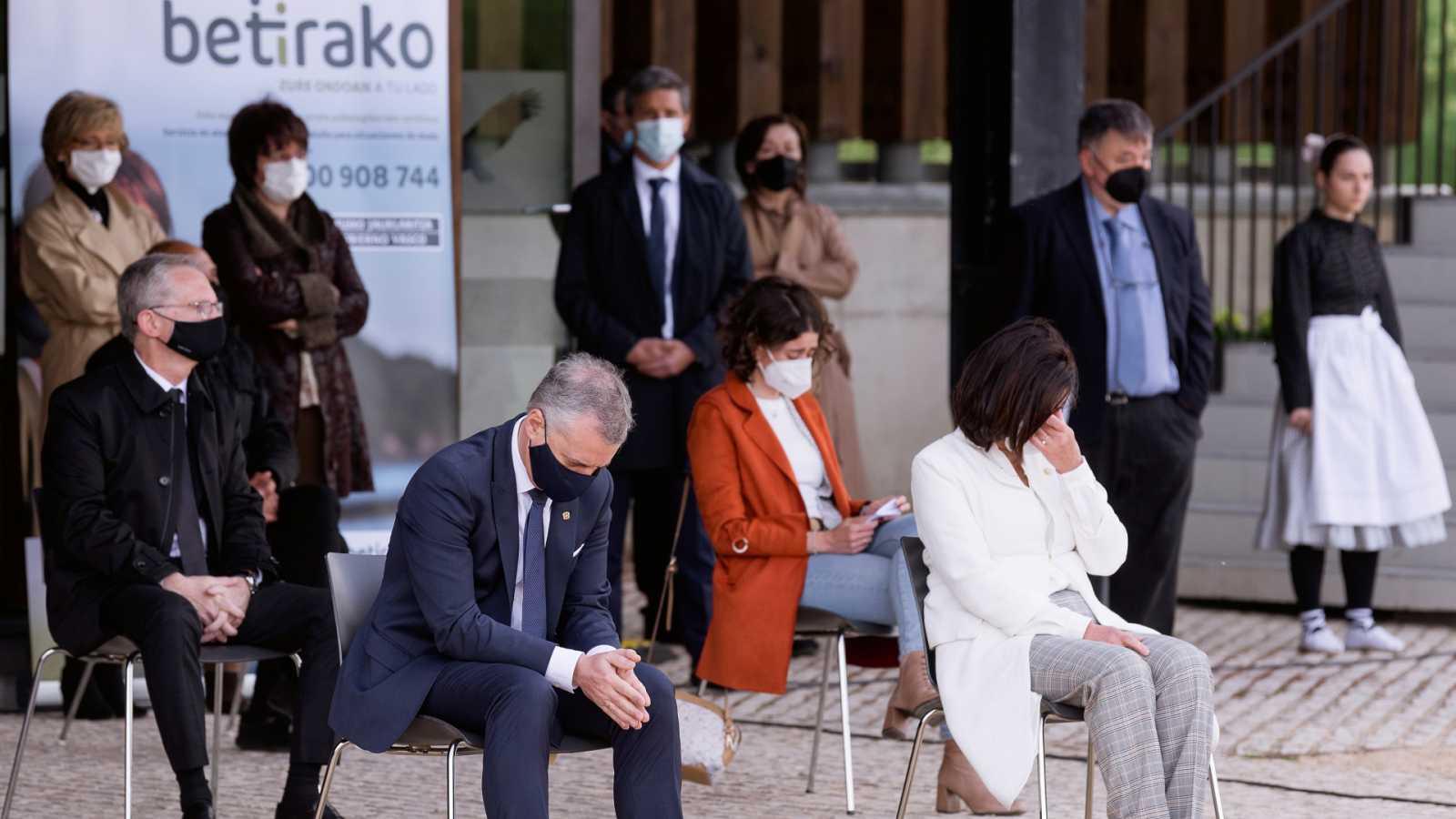 14 Horas Fin de Semana - Homenaje a las víctimas de COVID19 en Euskadi - Escuchar ahora
