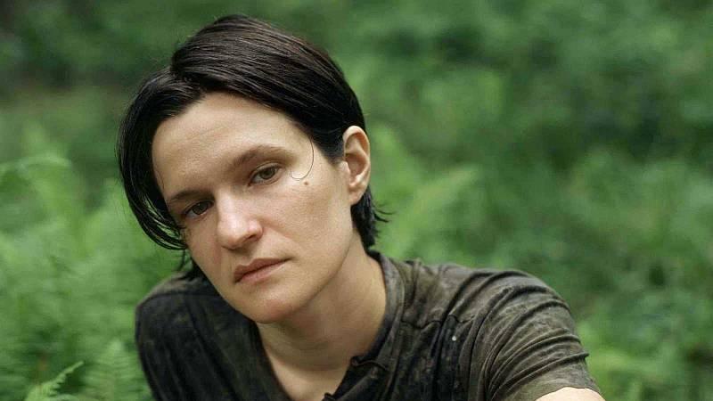 De boca a orella - L'oremus d'Adrianne Lenker