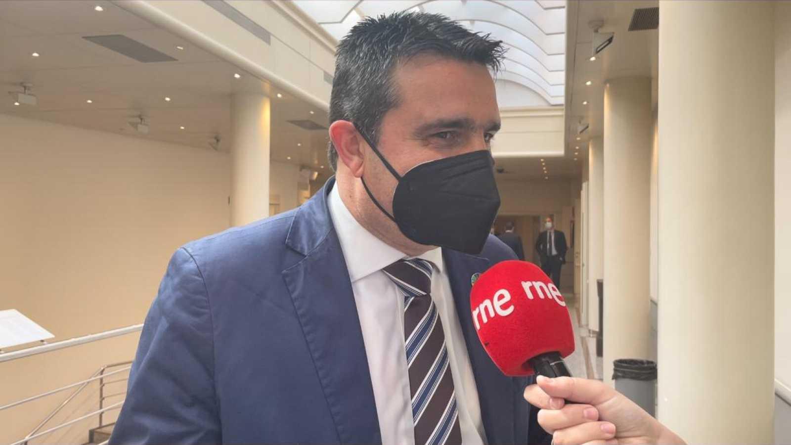 Parlamento Radio 5 -  El rincón: Amaro Huelva (PSOE) - Escuchar ahora