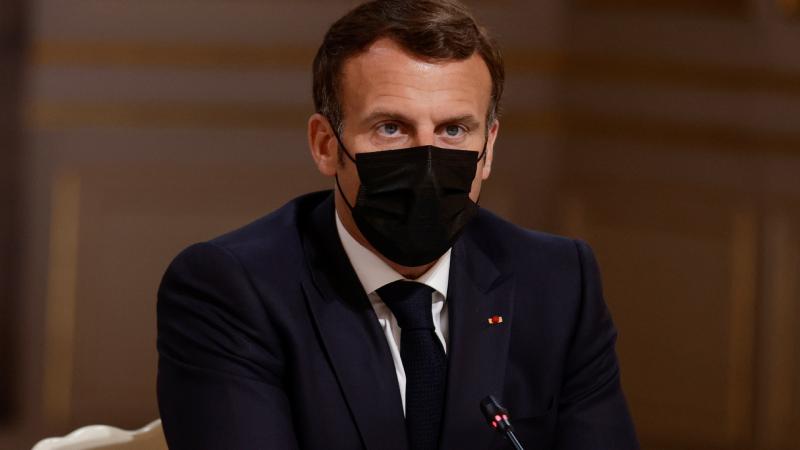 24 horas - Francia comenzará a vacunar el 15 de junio a todos los mayores de edad - Escuchar ahora