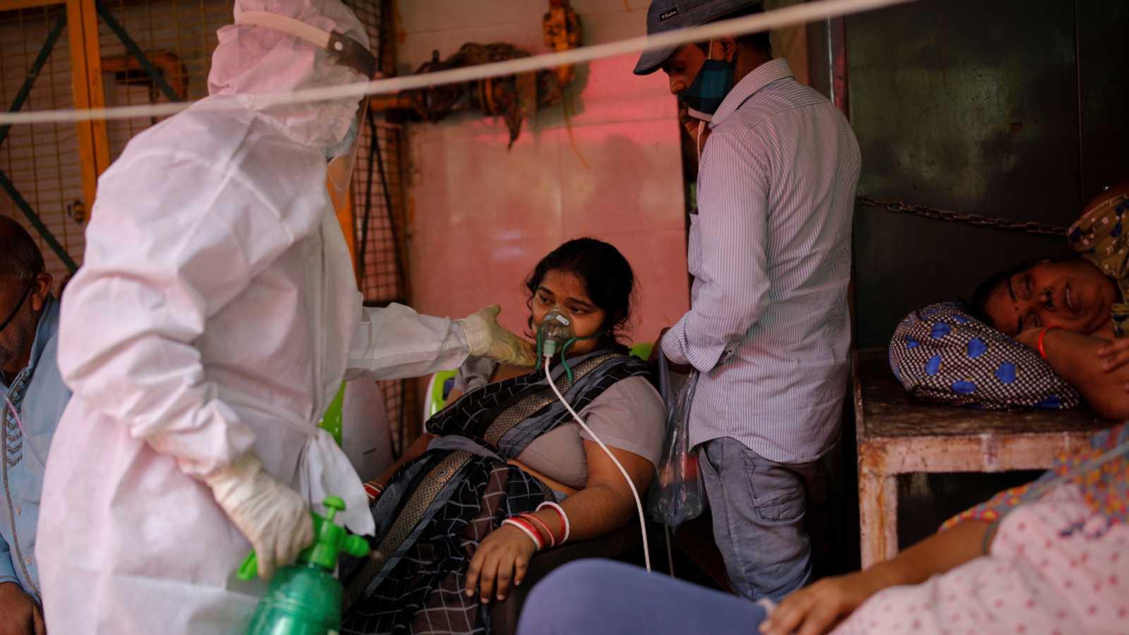 Cinco continentes - India: «no sabemos qué está pasando con los otros enfermos» - Escuchar ahora