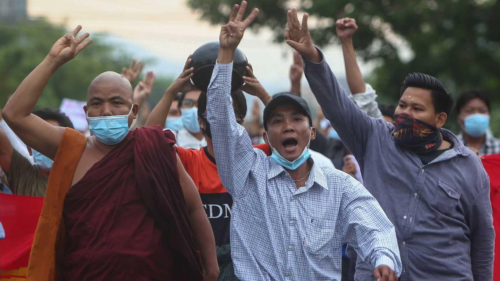 Reportajes 5 continentes - El peso de las minorías tras el golpe en Birmania - Escuchar ahora