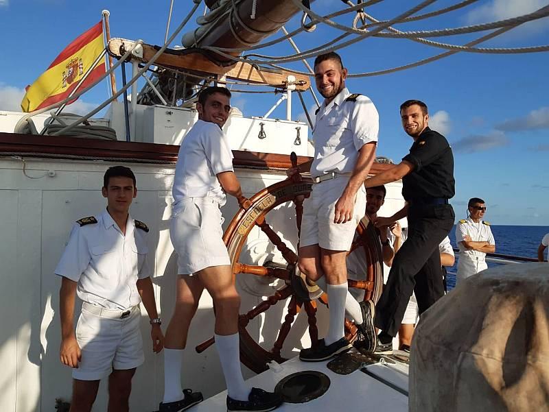"""Por tres razones - """"500 años después, Elcano navega de nuevo"""" - Escuchar ahora"""