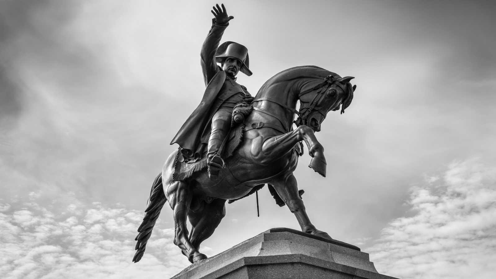 Canal Europa - Centenarios de Napoleón e Irlanda del Norte - 04/05/21 - Escuchar ahora