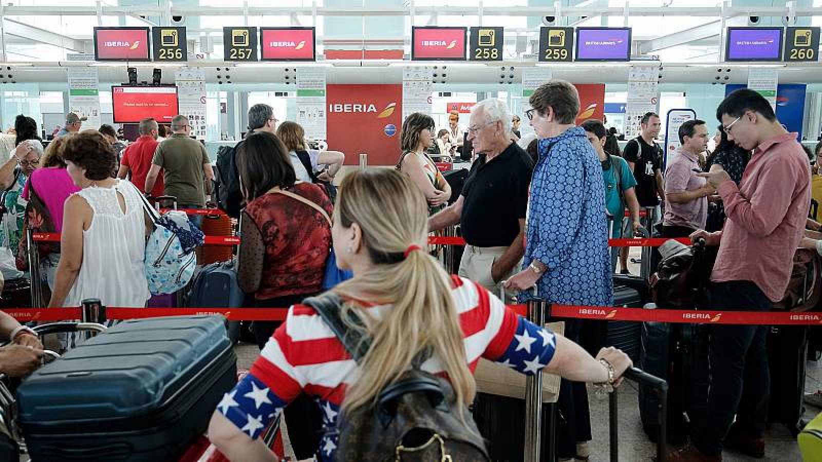 Atrapats pels bons de viatges de les aerolínies