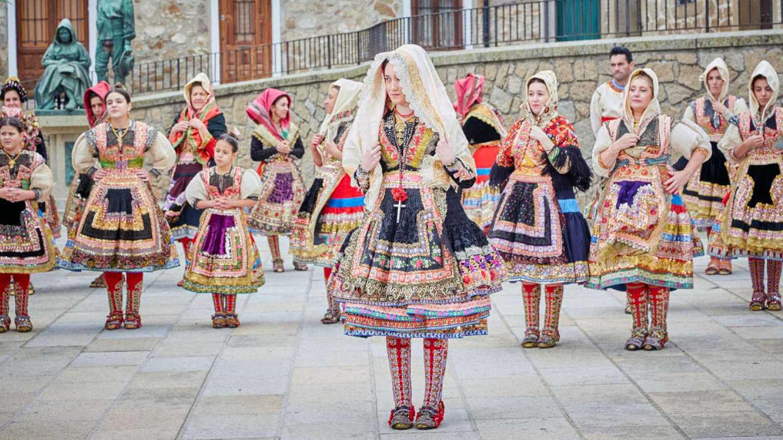 Marca España - El traje de lagarterana quiere ser Patrimonio Inmaterial de la Humanidad - 05/05/21 - escuchar ahora