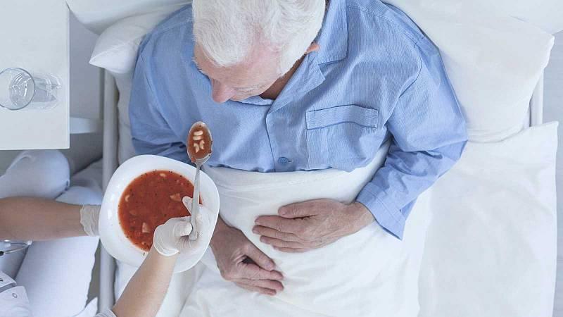 El gallo que no cesa - Médico de guardia: La disfagia en las personas mayores (I) - Escuchar ahora