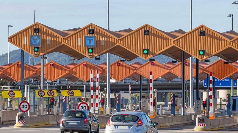 14 horas - El Gobierno prevé peajes en las autovías para 2024 pese al rechazo de transportistas y usuarios - Escuchar ahora