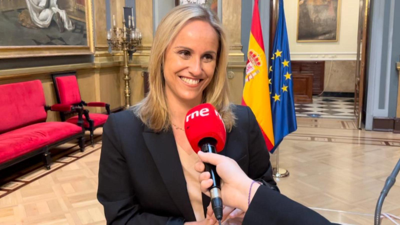 Parlamento - Radio 5 - El Rincón: Ana Camins - Escuchar ahora