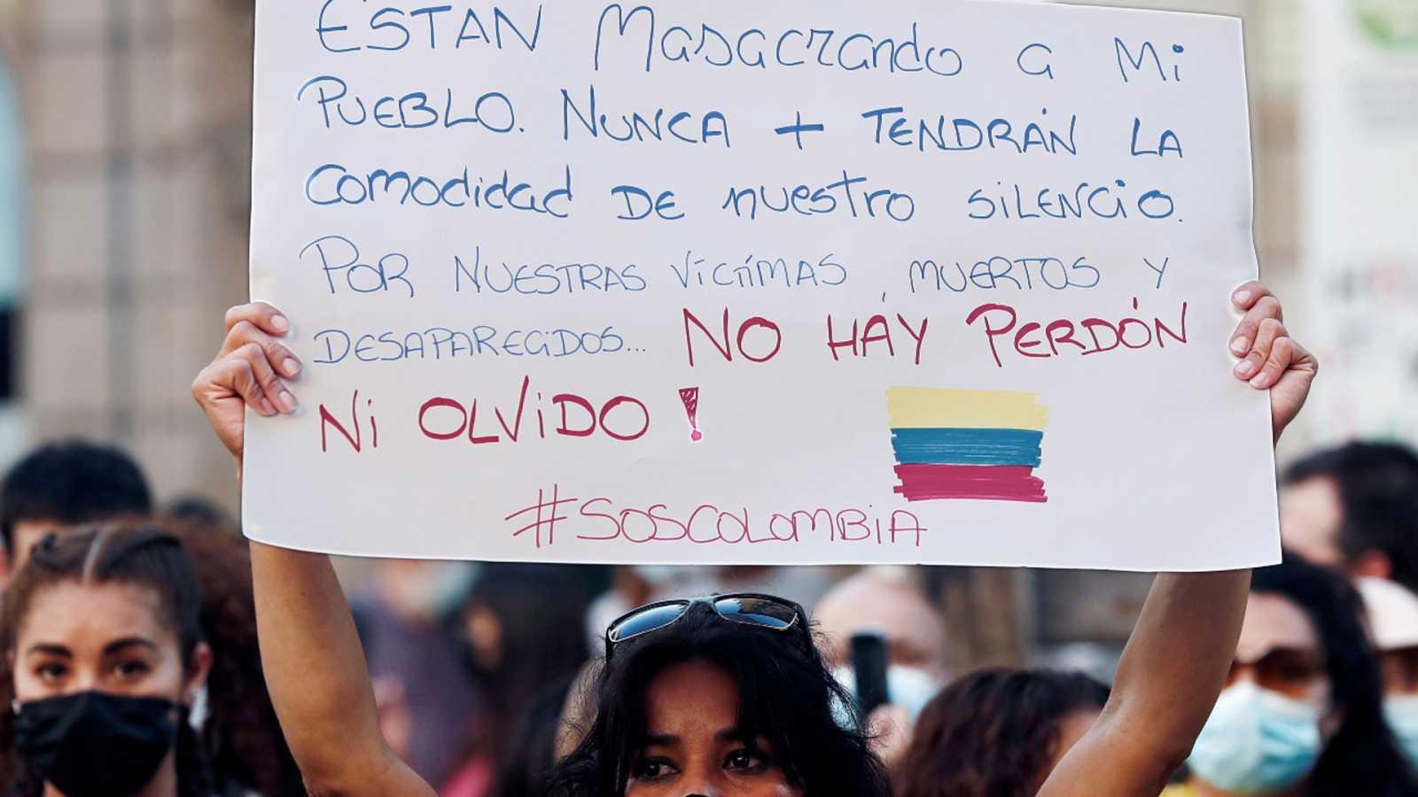 Cinco continentes - Colombia: la situación está «salida de toda madre» - Escuchar ahora