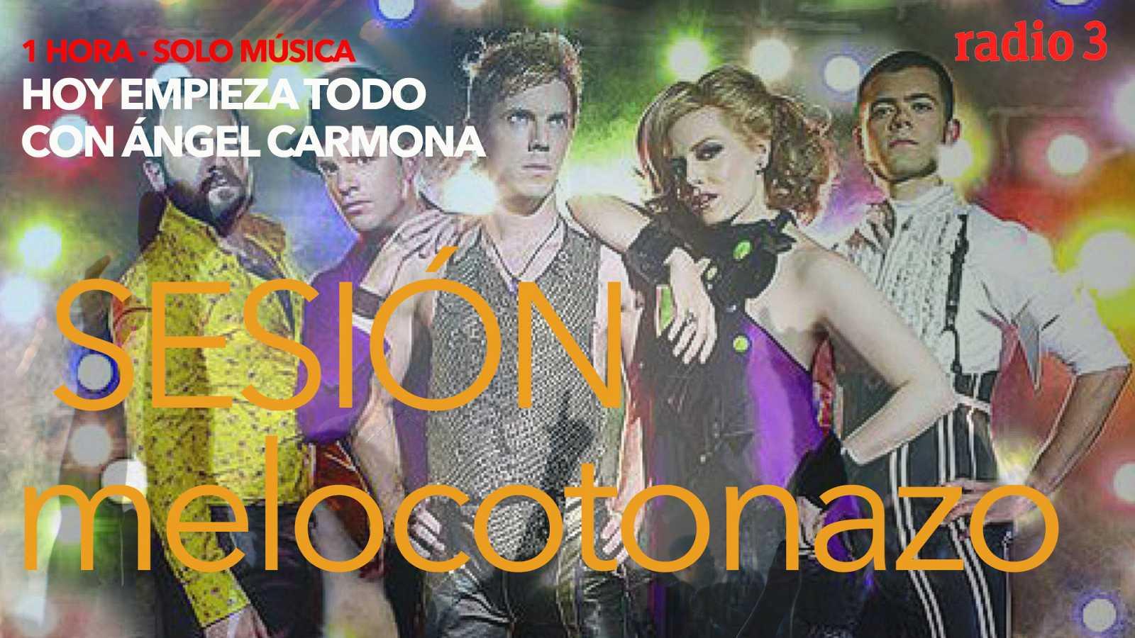 Hoy empieza todo con Ángel Carmona - #SesiónMelocotonazo: Arctic Monkeys, Scissor Sisters, Bee Gees... - 07/05/21 - escuchar ahora