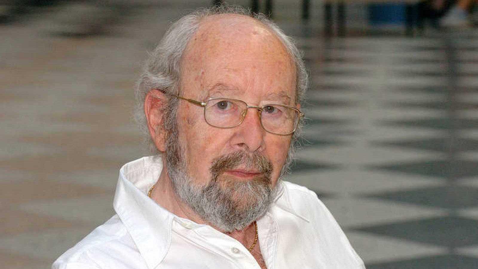 Emisión en árabe - José Manuel Caballero Bonald, Premio Cervantes - 06/04/21 - escuchar ahora
