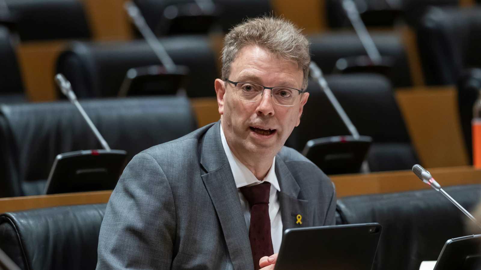 """Parlamento - Radio 5 - Bel no descarta el apoyo del PDeCAT a la propuesta del Gobierno sobre los peajes: """"Lo vemos complejo, pero queremos escuchar su propuesta"""" - Escuchar ahora"""